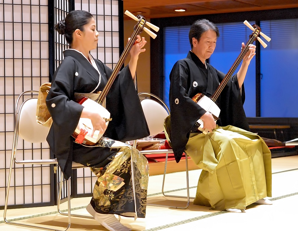 本種寺以音樂、茶道等日本傳統文化熱情款待