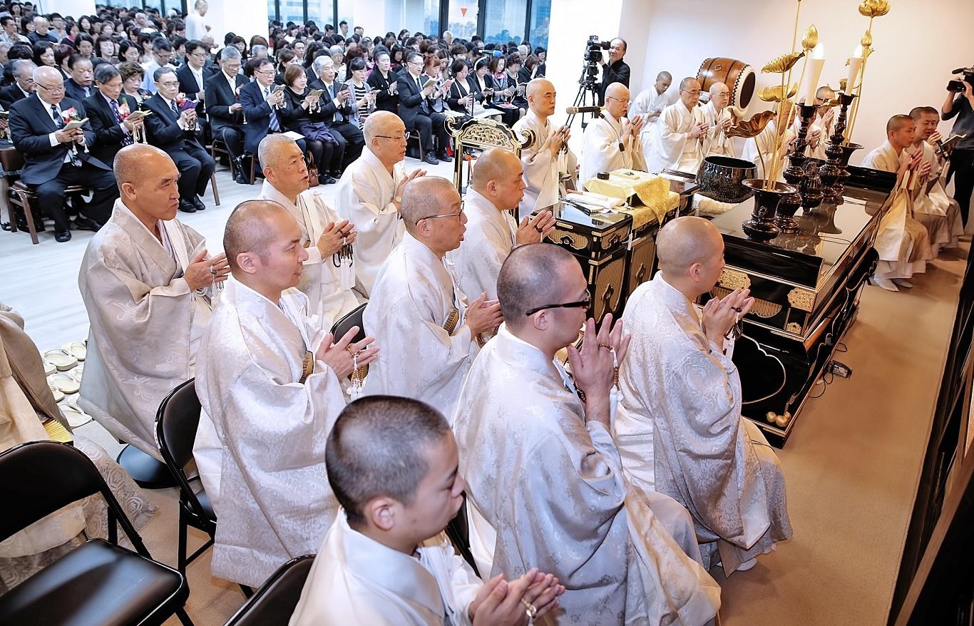 正行院奉修創立十周年紀念法會,逾千名信徒參詣。