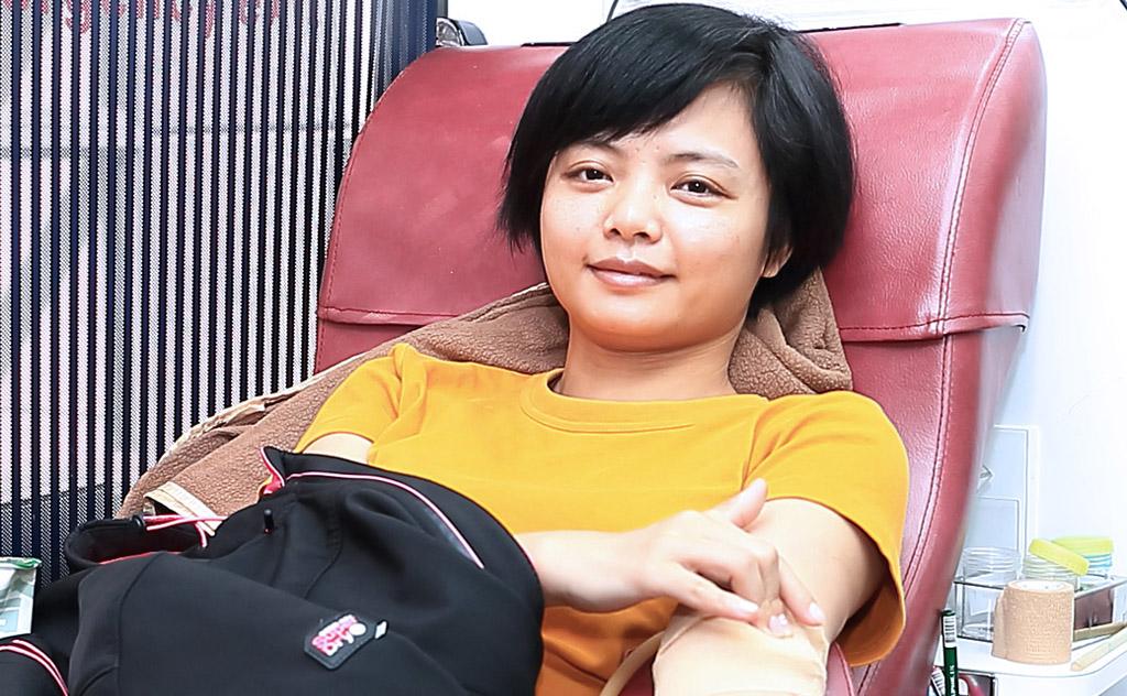 捲袖捐熱血