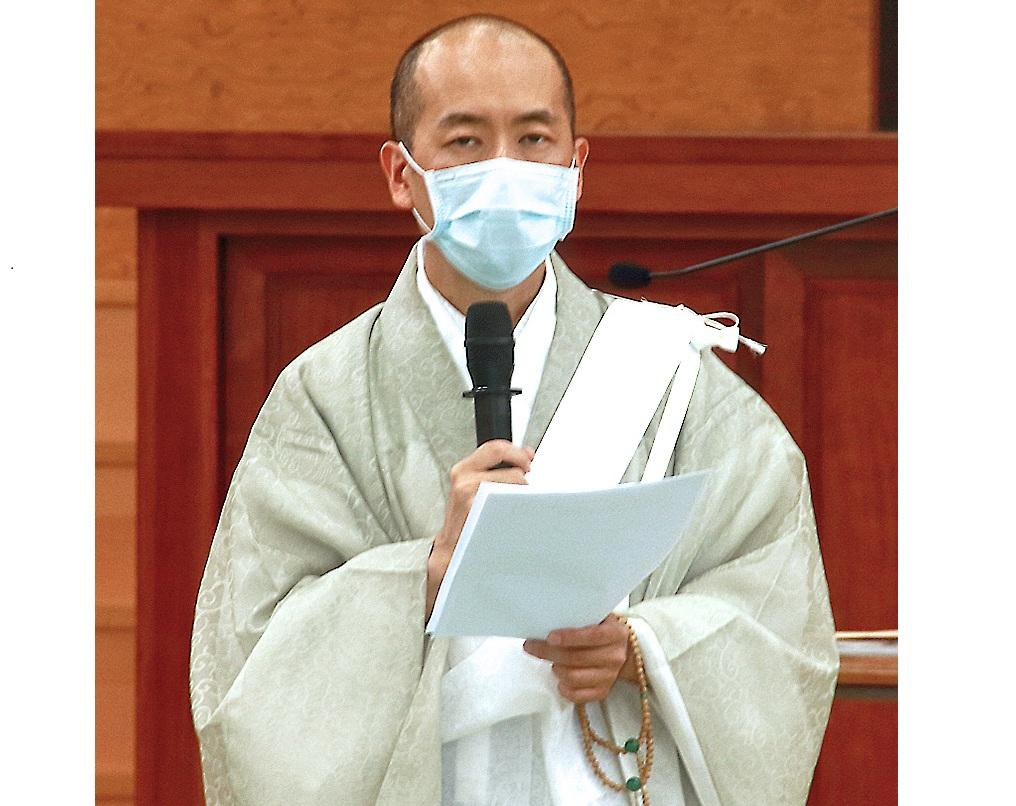 濱崎住職期勉大家,實踐大聖人立正安國的折伏精神,向前精進